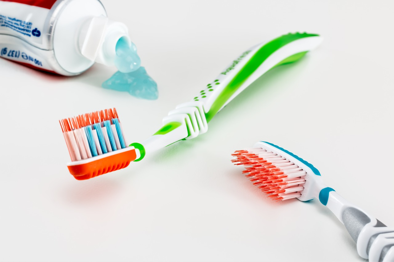 brossage de dents sensibles