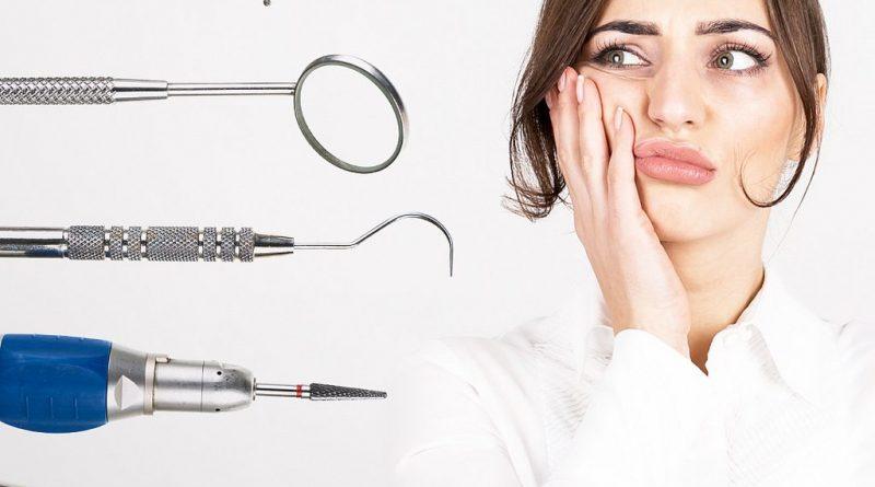 Douleurs aux dents : comment les traiter naturellement ?