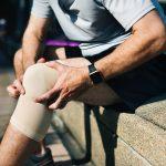 Comment bien guérir d'une entorse du genou ?