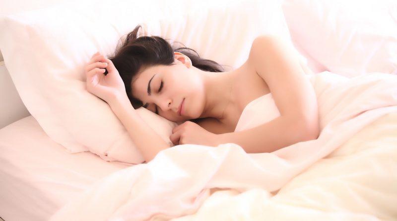 Les causes, conséquences et solutions en cas de transpiration nocturne
