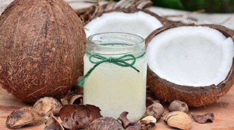 L'huile coco : un antibiotique naturel pour les dents