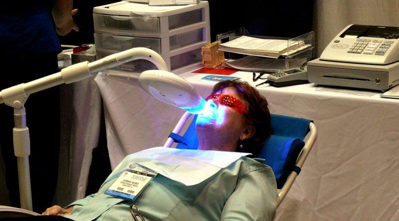 Le traitement laser pour reconstituer les dents endommagées