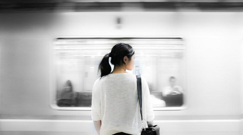 Utiliser les transports en commun pour rester mince