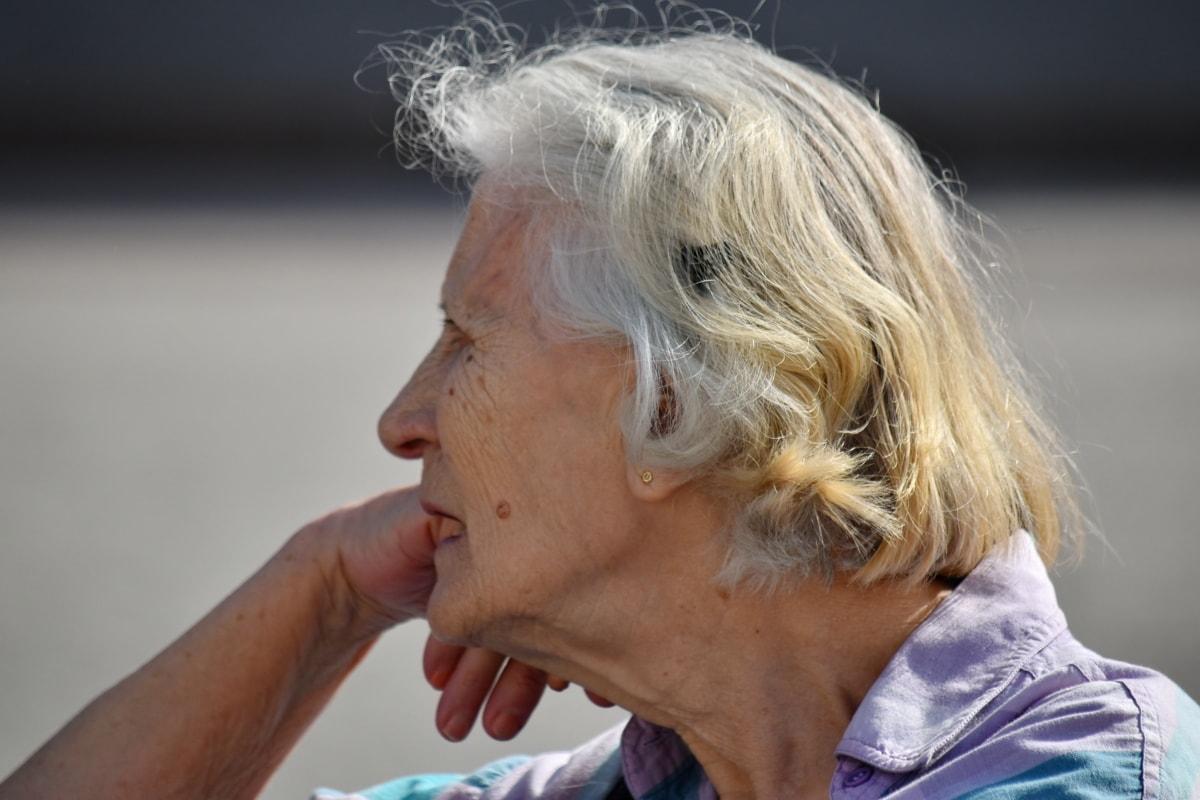Pourquoi parle-t-on de trouble cognitif face à des troubles de mémoire?